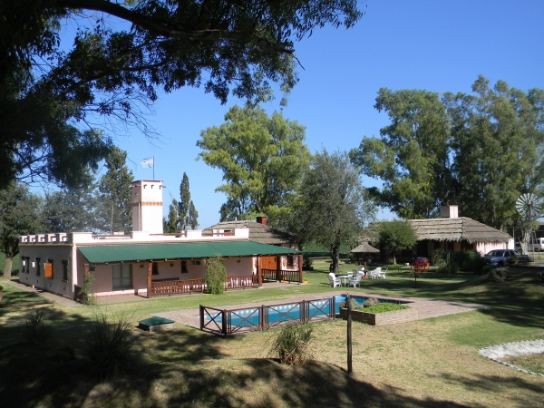 Lodge for dove hunting in Argentina